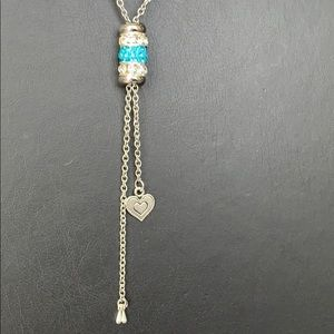Jewelry - Beautiful blue crystal necklace